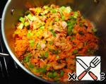 Fried onions and bacon combine with carrots and celery in a large saucepan and add a teaspoon of sugar.