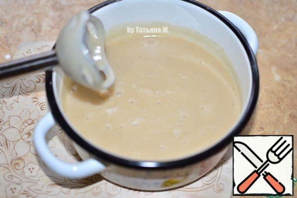 Make mashed until homogeneous mass.