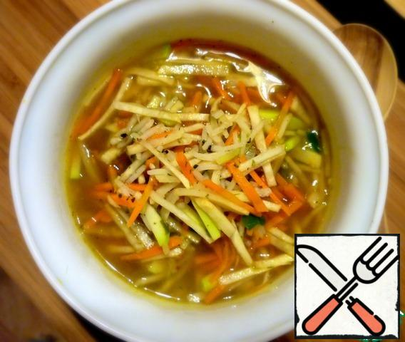 Serve soup must certainly hot, in order to enjoy all the flavors and flavors!