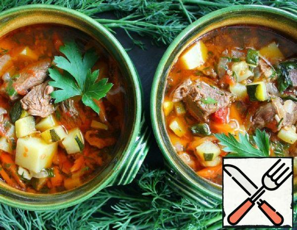 Meat Soup with Zucchini and Tomatoes Recipe