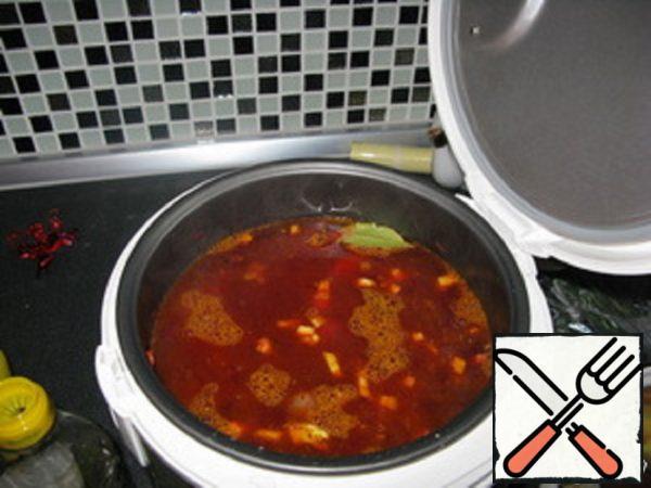 Borscht in Slow Cooker Recipe