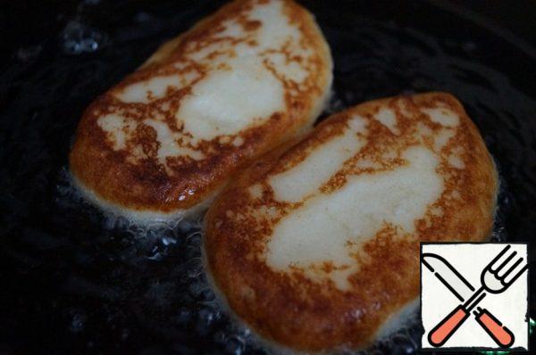 Fry on both sides until Golden brown.