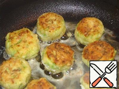 The balls were rolled in flour and fried in vegetable oil.