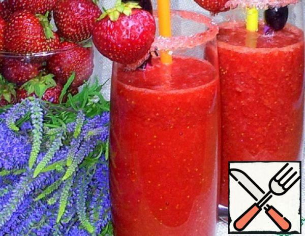 Strawberry-Grape Cocktail with Cognac  Recipe
