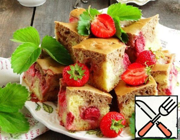 Marble Cake with Strawberries Recipe