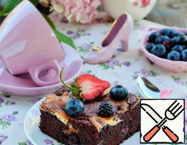 Marble Brownies with Blackberries and Blueberries Recipe