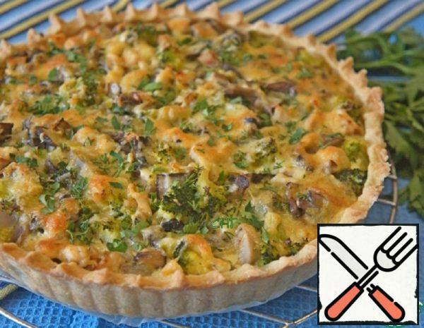 Quiche with Chicken, Mushrooms and Broccoli Recipe