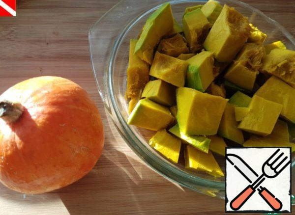 Pumpkin peel and seeds, cut into pieces and bake at 180 degrees an hour and a half.