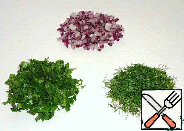Red onions, parsley and dill finely cut.