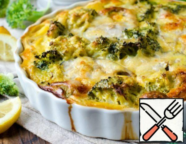 Casserole with Fish, Potatoes and Broccoli Recipe