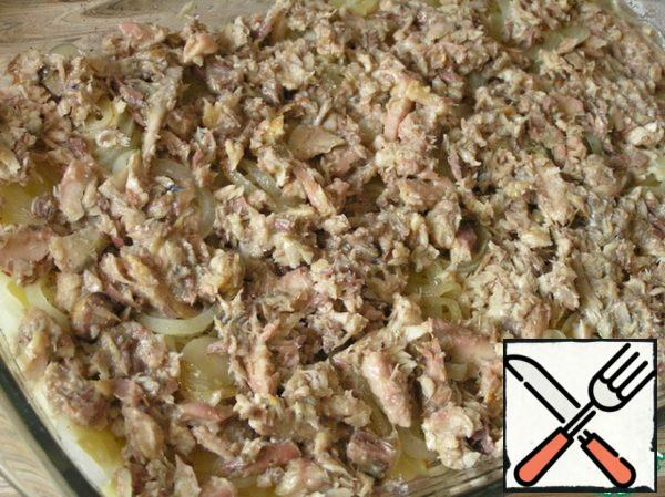 Then a layer of anchovies (finely chop or mash with a fork).