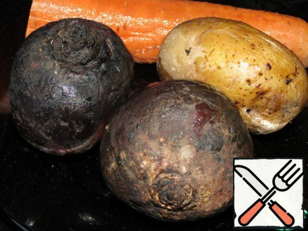 Cook or bake beets, potatoes and carrots in the oven.