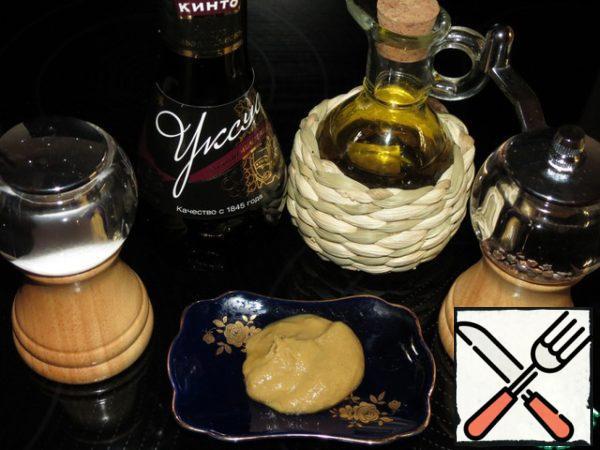 Dressing: mix mustard, a little ground pepper, salt, wine vinegar and olive oil.