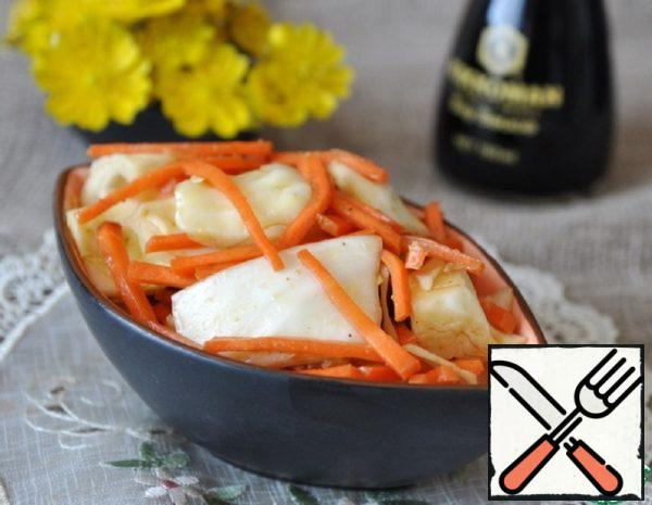 Snack of Cabbage with Carrots in Korean Recipe