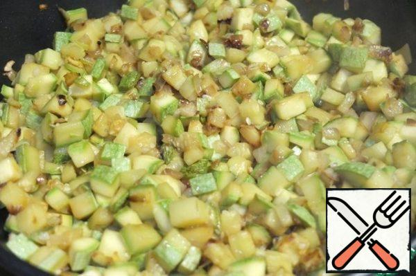 Fry until Golden brown. At the end of frying salt and pepper to taste. Filling is ready.