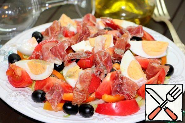 Pour the salad dressing.