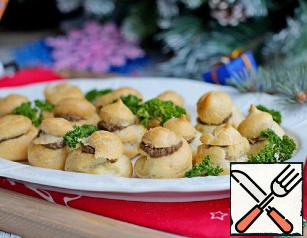 Profiteroles with Chicken Liver Pate Recipe