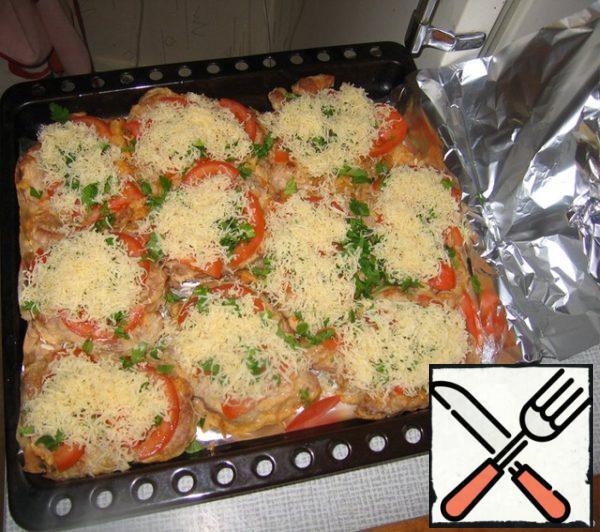 Sprinkle with cheese; cover with foil. Here is in this the form of it quietly awaits in the oven.