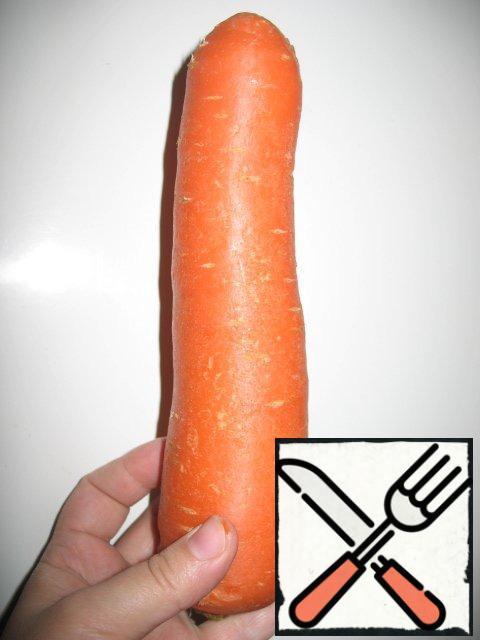 So... grate the carrots. The longer the strips, the more interesting. So the very carrot for this case I always buy longer:
