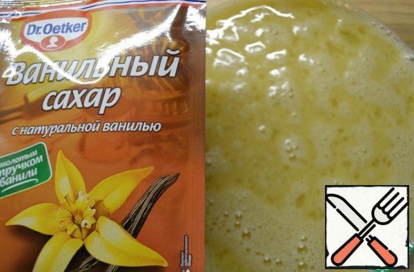 Beat eggs with sugar and vanilla sugar.