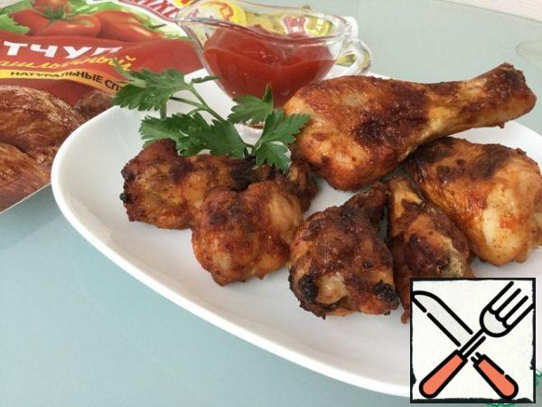 The wings are quite sharp, but for those who like it sharper when serving, you can sprinkle with Tabasco sauce.