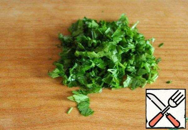 Finely chop the parsley.