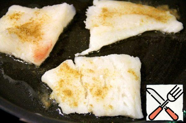 Fish (I have cod) sprinkle with cumin and salt and fry lightly in a pan.