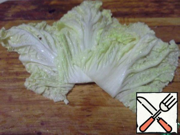 Put the salad leaves.
