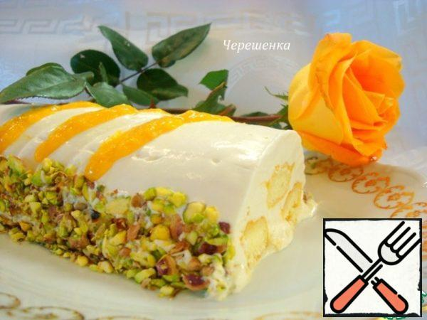 An hour before serving, remove the dessert from the freezer and let it thaw in the refrigerator. Garnish with pistachios and remaining mango puree. This is amazing! Feel the taste of Spring!!!