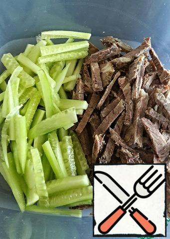 Boiled meat (I had beef) and fresh cucumber cut into strips. You can dice and slice, but I like to see the individual components.