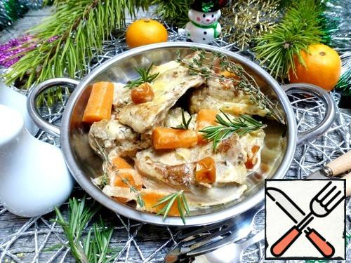 Such a delicious, soft and fragrant rabbit is good for a festive dinner in a cozy family atmosphere.