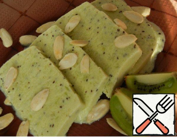 Kiwi Parfait with Almonds Recipe
