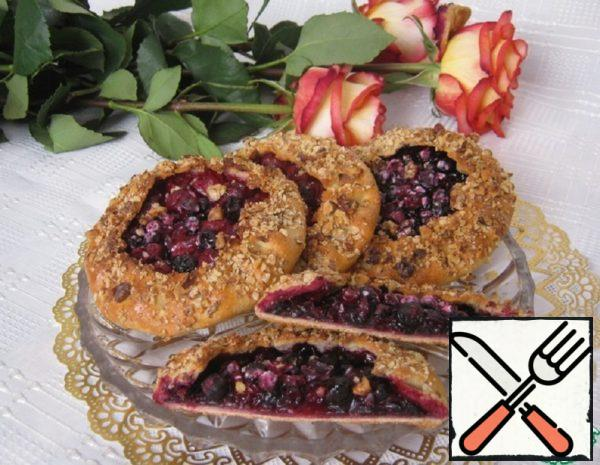 Oatmeal Galettes with Berries Recipe
