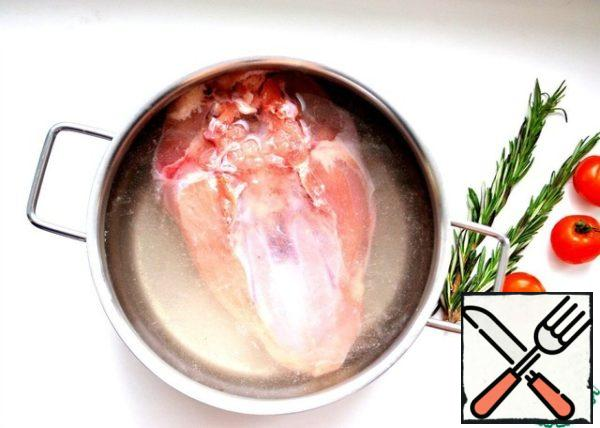 In a deep container put the chicken breast, then pour salt solution (2 tsp salt in 1 glass of water). The solution should completely cover the chicken breast. Send to the refrigerator for at least 3 hours.