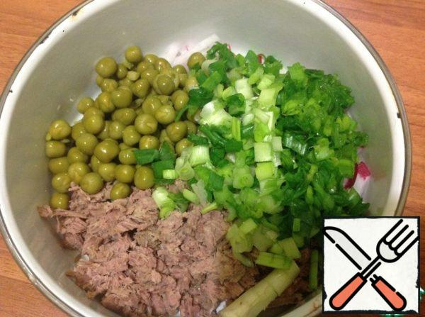 Add peas and finely chopped green onions.