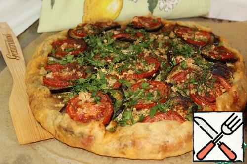 Here is our Ratatouille on crispy crust ready!
