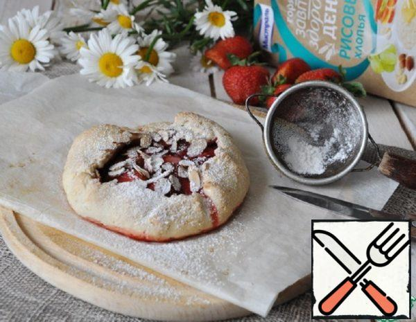 Galette with Strawberries and Almonds Recipe