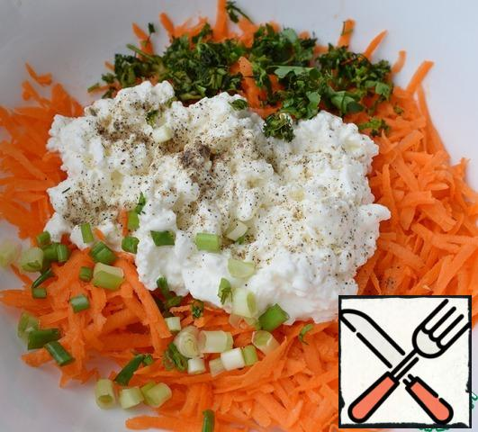 Add cottage cheese, chopped greens and green onions. Salt and pepper to taste.