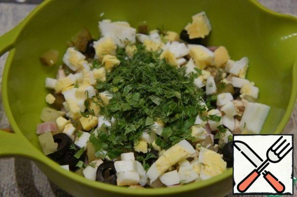 If desired, you can add finely chopped dill and parsley, as well as green onions.