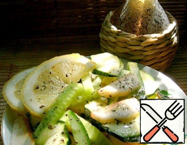 Apple and fresh Zucchini Salad Recipe