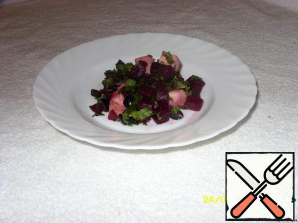 Salad with Beetroot and Cheese in Soy Sauce Recipe