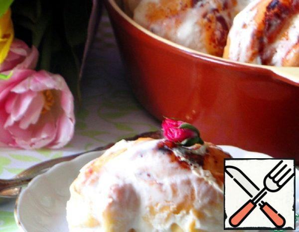 "Cheese Cakes ""Roses"" in Sour Cream Filling Recipe"