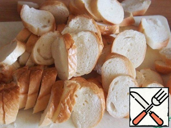 Bagels, rolls or loaf thinly slice if you do the loaf, the slices will need to be cut into pieces measuring approximately 3 cm.