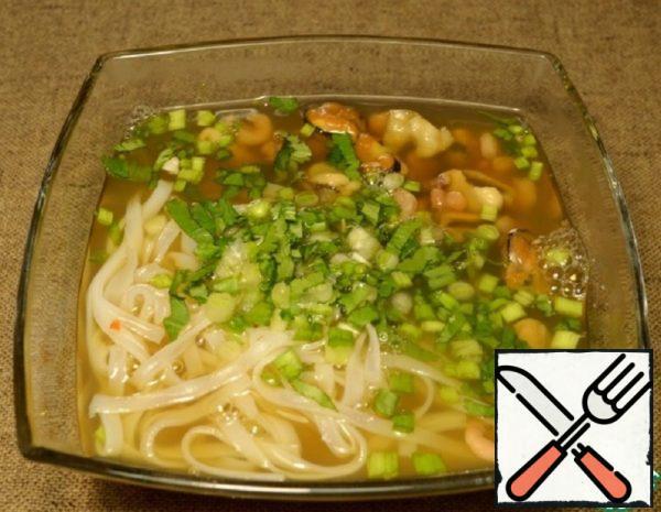 """Vietnamese Soup """"Pho Hai San"""" Recipe"""
