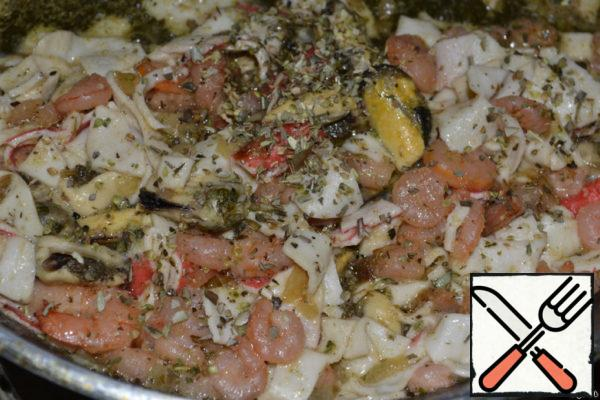 Seafood fry with onions. A little salt to taste. Can be add greenery.