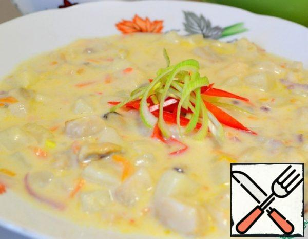 Thick Creamy Soup of Assorted Fish and Seafood Recipe