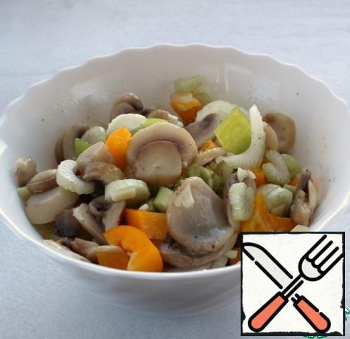 All ingredients combine in one bowl, stir, salt, season.