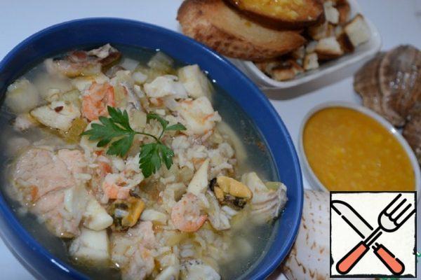 "French Fishermen Soup ""Bouillabaisse"" Recipe"