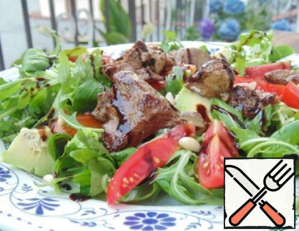 Warm Salad with Chicken Liver and Vegetables Recipe