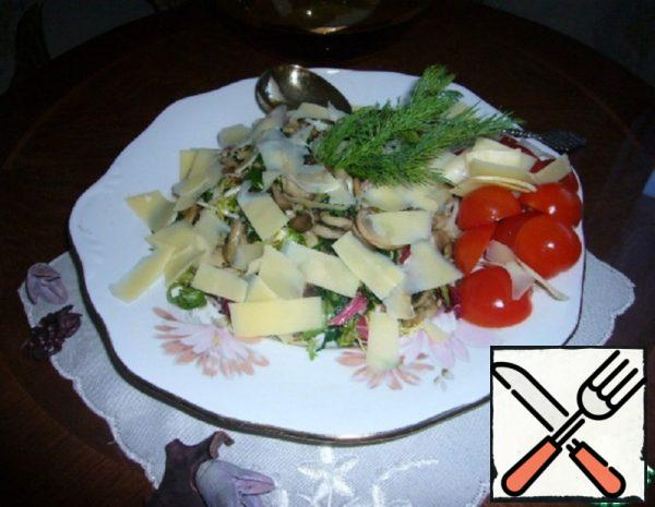 Salad with fried Mushrooms and Parmesan Recipe